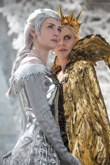 El Cazador Y La Reina De Hielo Blunt