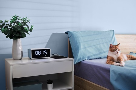 Energy Sistem pone a la venta el Smart Speaker Wake Up, un radio-despertador con Alexa integrado