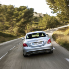 mercedes-c-400-4matic-amg-line-diamantsilber