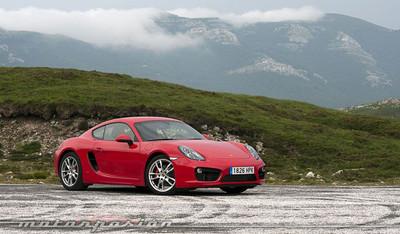 Los empleados de Porsche en Alemania reciben un bonus de 8.200 euros