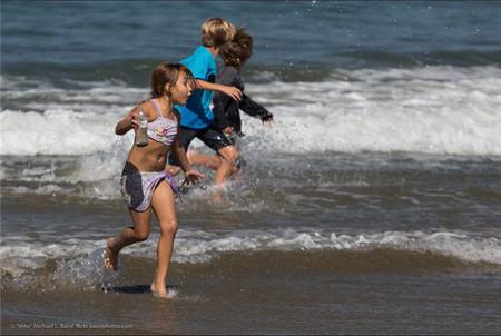 Si no proteges a tu hijo frente a los efectos dañinos del sol, le estás maltratando