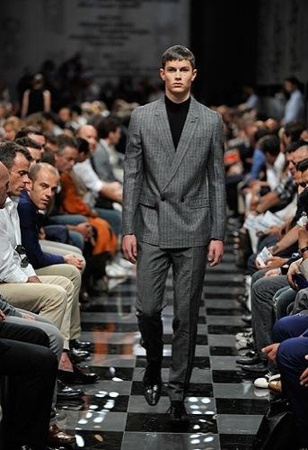 Foto de Prada, Primavera-Verano 2010 en la Semana de la Moda de Milán (8/13)