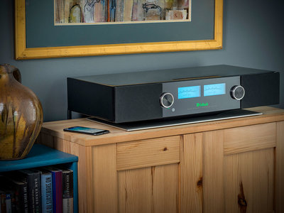 McIntosh estrena nuevo sistema de sonido todo en uno con altavoces incorporados, el RS200