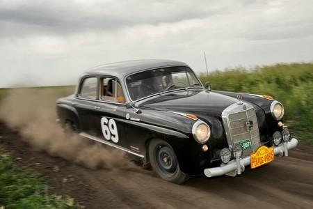 Mercedes-Benz Ponton 219 en el Peking-Paris: un emotivo regreso al pasado