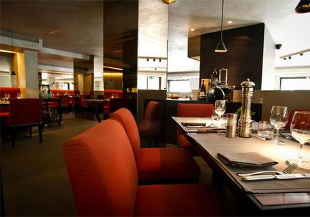 Sala Armani Caffe Paris