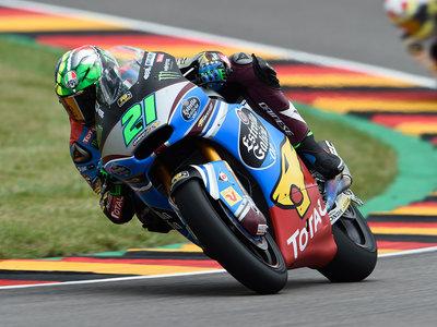 Franco Morbidelli gana en Moto2 con sus perseguidores por los suelos en Sachsenring