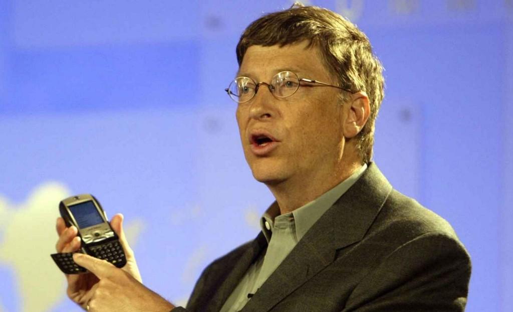 Un error de 100%.000 millones de dólares: Bill Gates lamenta que