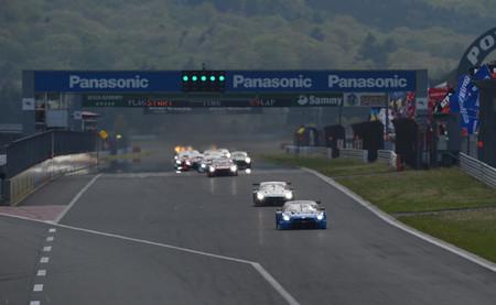 Nissan se estrena, BMW repite y Lucas Ordóñez es quinto en la segunda ronda del Super GT en Fuji