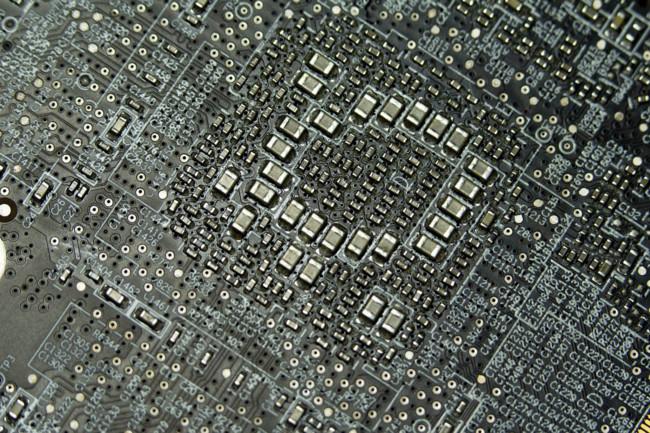 De nanómetros, miniaturización y ley de Moore: el futuro de los transistores