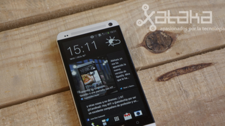 HTC One análisis blinkfeed