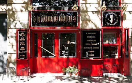 Para generosos amantes de los platillos: la Taverna del Suculent es tu lugar
