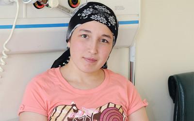Pierde el bebé la primera mujer que se quedó embarazada con el útero trasplantado