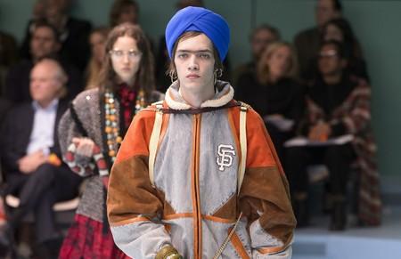 Gucci lo vuelve a hacer: después de ser acusados de racismo por un jersey, la apropiación cultural llama a la puerta con un turbante de la misma colección