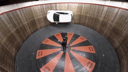 El Mazda2 se enfrenta al <em>Wall of Death</em>