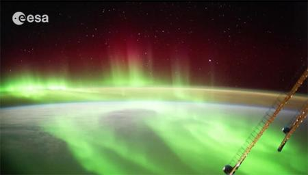 Así se ven la Tierra y las auroras boreales desde la Estación Espacial Internacional