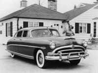 Un hijo regala a su padre un '53 Hudson Hornet, el coche del abuelo