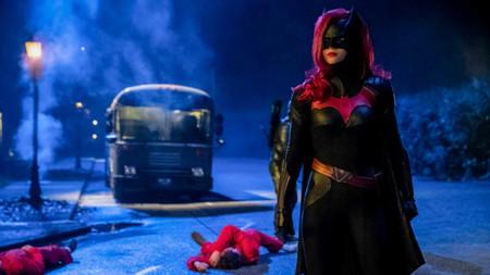 Ya es oficial: luz verde al piloto de 'Batwoman', la nueva superheroína del Arrowverso