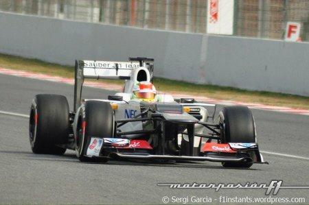 Sergio Pérez lidera la tercera mañana de las últimas pruebas en Barcelona