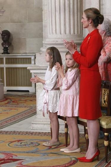 Los trajes de chaqueta y falda, los elegidos por la Reina Sofía y por Elena de Borbón