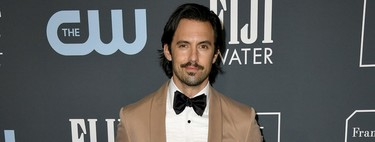 Milo Ventimiglia le da un giro al smoking claro para su look de los Critics' Choice Awards