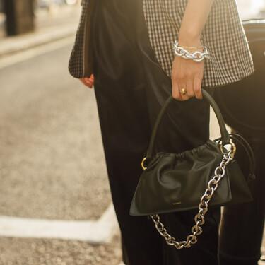 12 bolsos con cadenas para poner el punto rockero que necesitaban nuestros estilismos