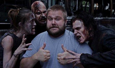 """Robert Kirkman: """"'The Walking Dead' es más sobre nosotros mismos que sobre zombies"""""""