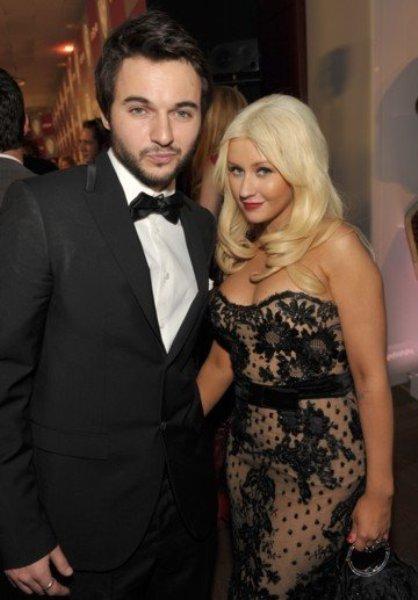 Christina Aguilera pone a trabajar a su maromo en su nuevo disco