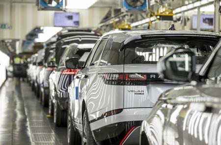 Coches a partir de latas de refresco: Jaguar Land Rover descubre cómo utilizar aluminio reciclado para sus futuros modelos
