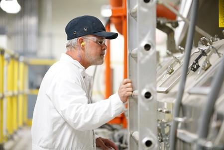 Corning Glass recibe 200 millones de dólares de parte de Apple para reforzar los trabajos en Estados Unidos