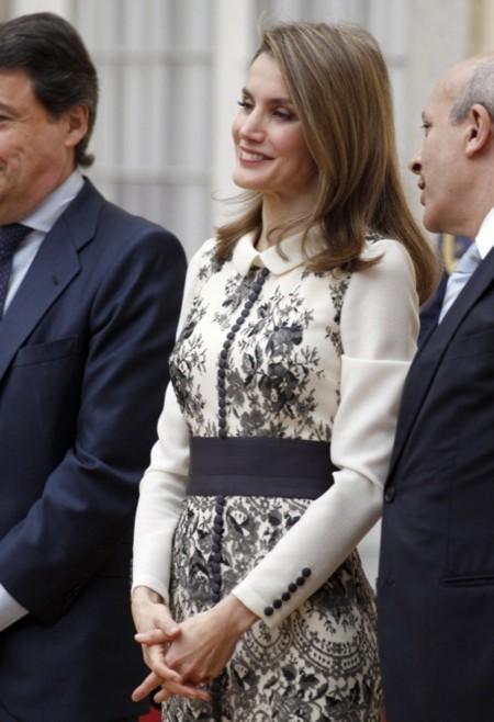 La Princesa Letizia vuelve a confiar en Felipe Varela para su último acto público
