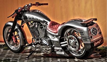 Bajzath Unike Bikes, hablamos con el fabricante húngaro que hizo la moto de Horacio Pagani