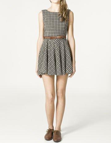 Rebajas 2011: los mejores vestidos para comprar en Zara para la Primavera-Verano 2011