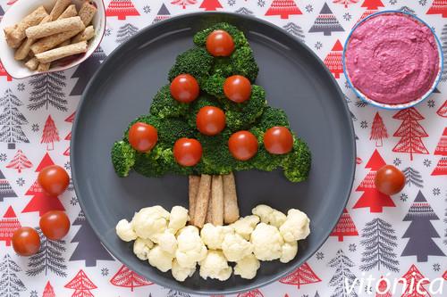 Árbol de Navidad de brócoli y coliflor: receta saludable para el picoteo de las fiestas