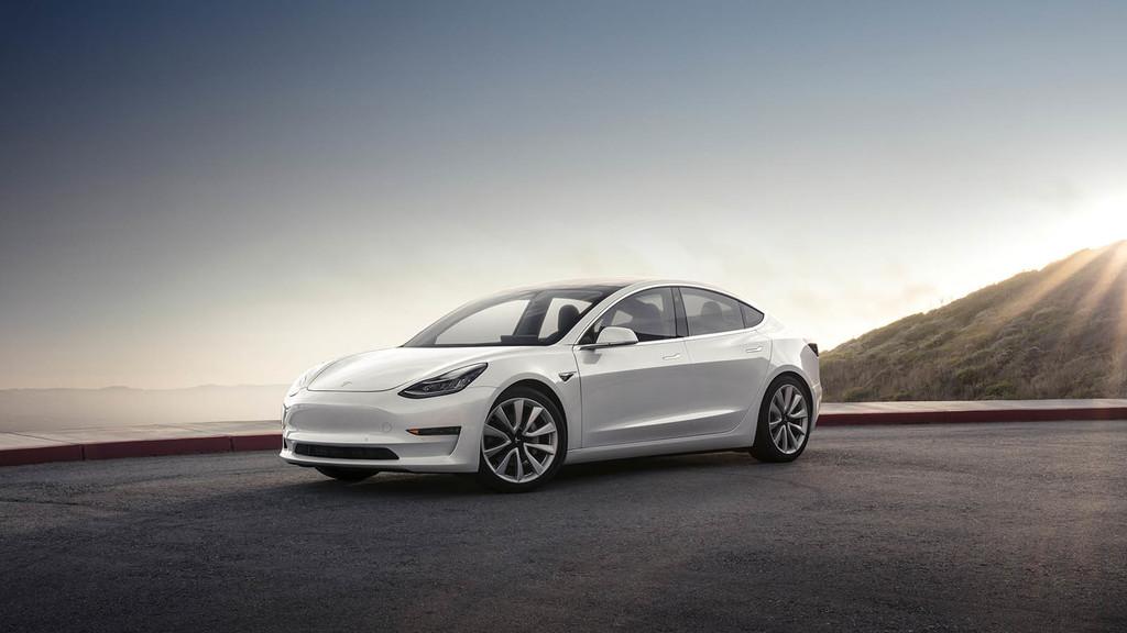 Tesla Model 3 260 unidades