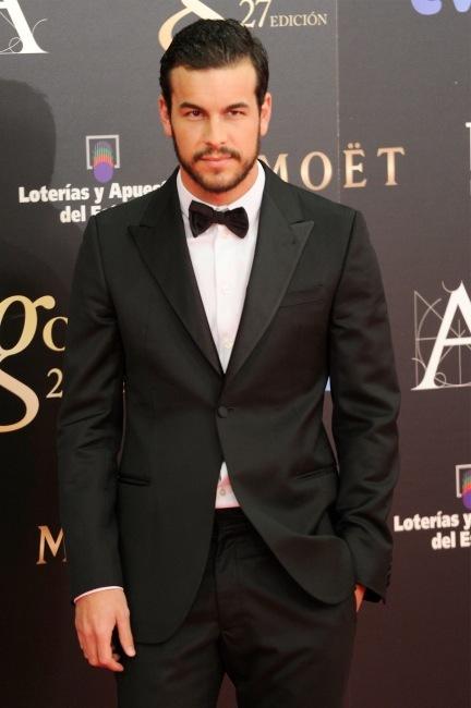 Los hombres más elegantes en la alfombra roja de los Premios Goya 2013