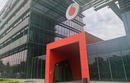 Vodafone aumenta sus ingresos totales un 3,8% gracias a la recuperación del turismo
