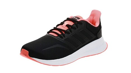 Chollo en Amazon con las zapatillas Adidas Runfalcon: ahora mueven ser nuestras por 24,97 euros