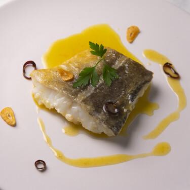 Cómo hacer salsa bilbaína, el acompañamiento más fácil para realzar pescados blancos