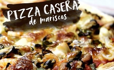 Pizza casera de mariscos. Receta en video