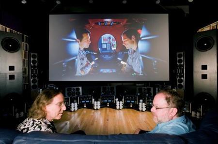 Equipo de cine en casa Kipnis Studio