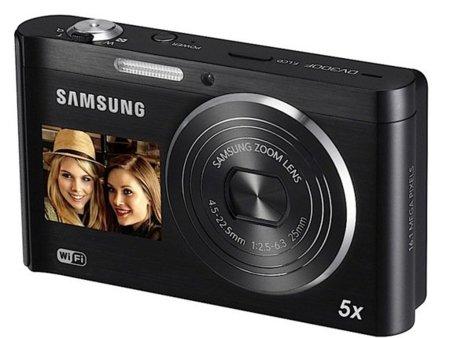 Samsung DV300F, cámara de fotos con doble pantalla y Wi-Fi