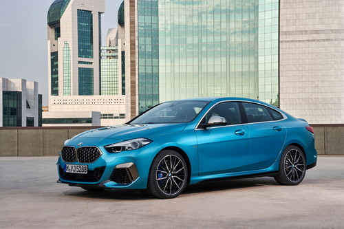 El BMW Serie 2 Gran Coupé está aquí para ponérselo difícil al Mercedes-Benz CLA