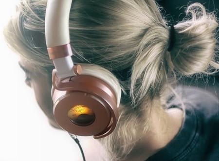 ¿Tienen sentido unos auriculares con un VU-metro? Para la empresa Meters sí