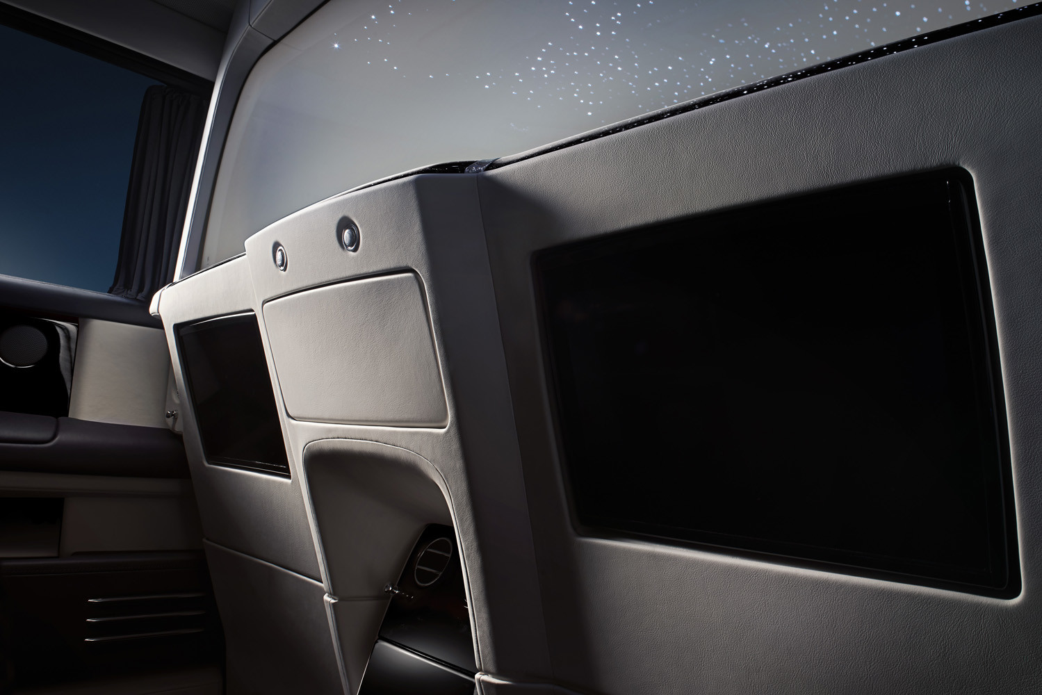 Foto de Rolls-Royce Phantom Privacy Suite (27/42)