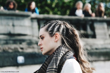 Pfw Paris Fashion Week Spring Summer 2016 Street Style Say Cheese Valentino Spring Summer 2016 Beauty Braided Topknot 2 790x527