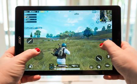 Acer Chromebook Tab 10, primeras impresiones: así se prepara un tablet con Chrome OS para sobrevivir a niños y estudiantes