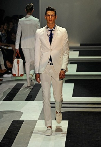 Foto de Gucci, Primavera-Verano 2010 en la Semana de la Moda de Milán (2/15)