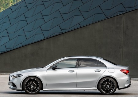 Mercedes Benz A Class Sedan 2019 1600 0d