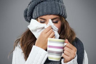 ¿Tienes un resfriado? consejos para superarlo con éxito