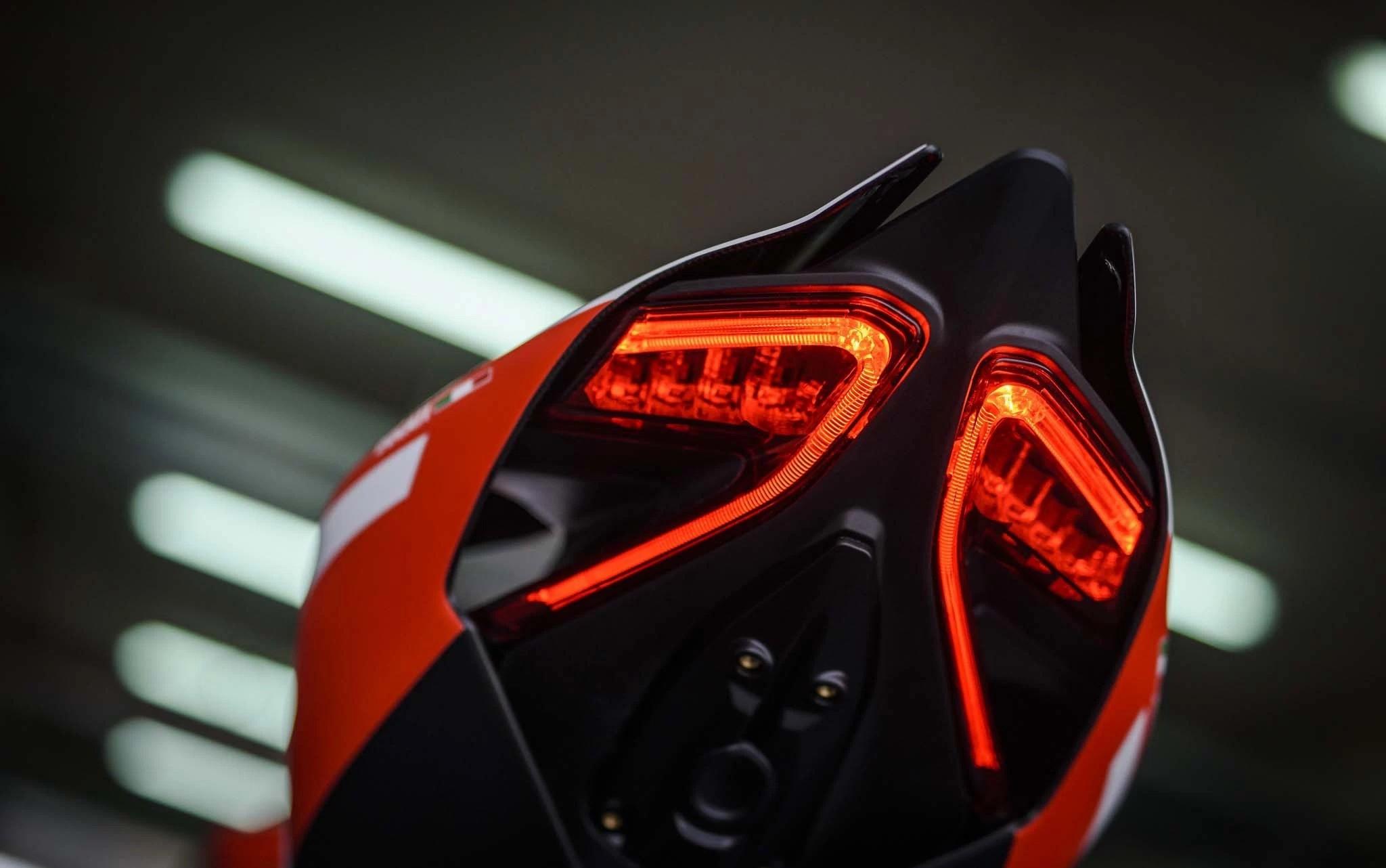 Foto de Ducati 1299 Superleggera (5/22)
